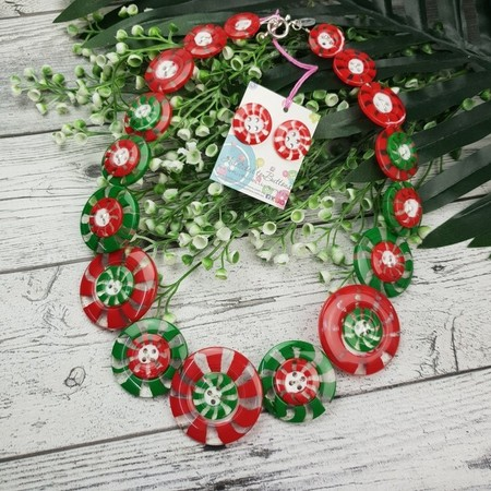 Peppermint Swirls - Red Centre - Button Necklace - Button Earrings - Jewellery