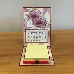 2019 desk calendar with note pad and pencil, easel card calendar