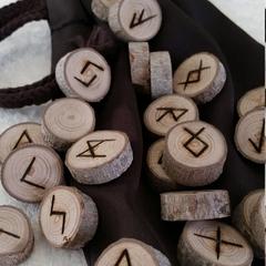 Elder Futhark Runes, sycamore wood, casting, divination, norse viking magick