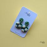 Azalea Lane AU - Daisy Chain (small dangles)