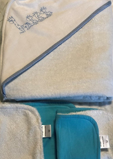 Blue Giraffe Family Embroidered Hooded Towel with Bamboo & Organic Cotton Terry