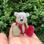 Tinkle - a miniature Christmas bear, adult collectible