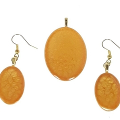 Oval Earrings and Pendant Set in Golden Hues