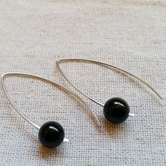 FREE POST High gloss black onyx bead earrings