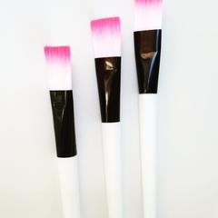 Face mask application brush
