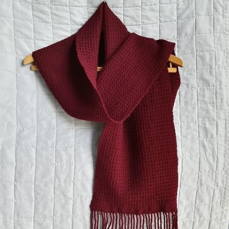 Handwoven Unisex Scarf, Pure Wool, Burgundy.