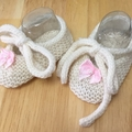 Newborn Baby Booties Shoes, FREE POST , Cream Wool, Hand Knit