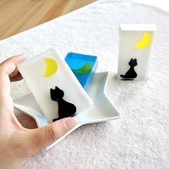 Cat & Moon Soap Bar (White) - Kawaii soap art