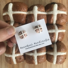 Easter hot cross buns studs