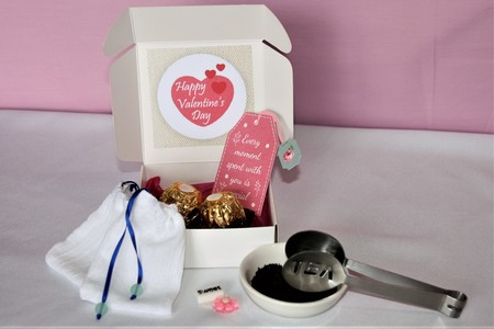 Valentine's Reusable Tea Bag Gift Set