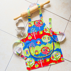 Kids Apron - boys & girls Busy Owls lined kitchen/craft apron - double pocket