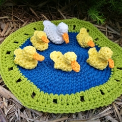5 little ducks crochet finger puppets and play set