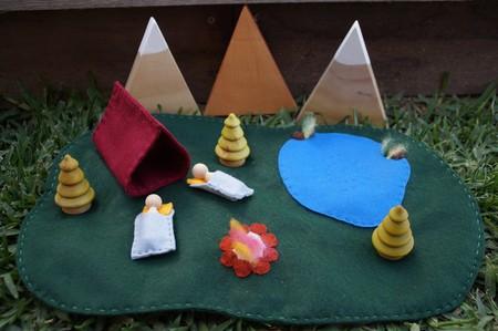 Small world camping set
