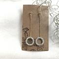 Swing chain earring