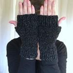 Flecked Black Fingerless Mittens