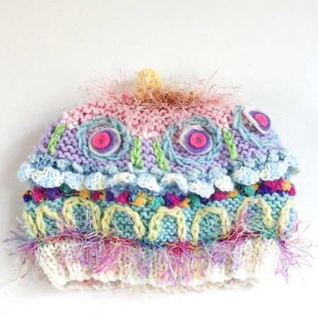 Pretty embellished knitted hat/beanie for baby from 3-6 months. Pastel colours.