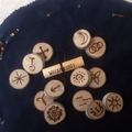 Wiccan runes for divination, set of 13, circular bag and guide