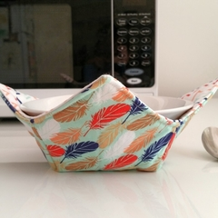 Hot Bowl Cozy   Hot Bowl Holder   Feathers   Reversible