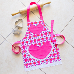 Kids Apron Daisy Chain pink - girls lined kitchen/craft/play/art - white flowers