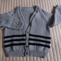 SIZE 4-5 :Hand knitted cardigan, boy, washable, easy care