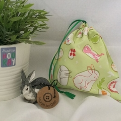 GIFT / PARTY BAGS: Bunny Rabbit (green)