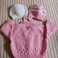 1-2 yrs: Hand knitted Cardigan and 2 matching beanies, washable, girl