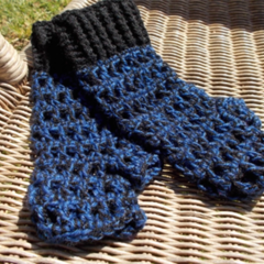 Crocheted fingerless mitts. Black and blue in wool and acrylic yarns, size L