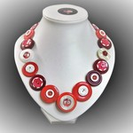 Button necklace   - Winterberry