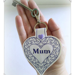Love heart purple Mum key fob, gift for Mum, key chain, Mothers Day, gift idea
