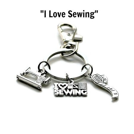 """""""I Love Sewing"""" Keychain, Keyring Gifts for Mum, Gifts for Grandma"""