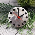 Desktop Clock - White Sliver Glitter Resin Buttons - silent motion - Tick Tock