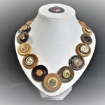 Button necklace - Brown Beauty
