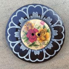 Wooden Button Brooch/Pin Flower