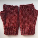 Flecked Maroon Fingerless Mittens