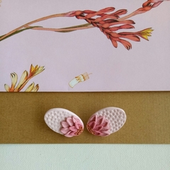 FLORAL - MAXI STUDS SOFT PINK
