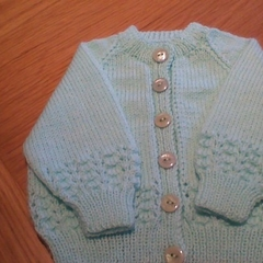 Babies Pale Green Cardigan in size to fit 0 to 3 months