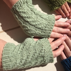 Teen - Sm Adult Fingerless Mitts, FREE POST , Hand Knit, Wool , Green