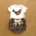Baby girl vintage look floral outfit size 3-6 months