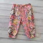Size 3-6 months pink and grey floral pants, baby girl clothes size 00