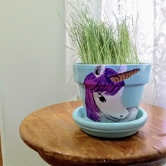 Grass Head: Uma Unicorn