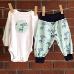 Baby boy gift, woodland design outfit, CHOOSE SIZE AND BODYSUIT SLEEVE LENGTH