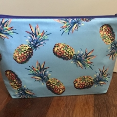 Pineapples toiletries bag