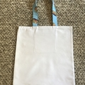 Blue pineapples library/shopping bag