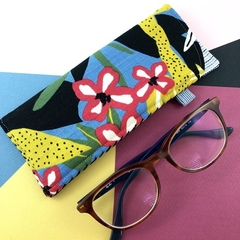 Glasses case, handcrafted Kimono fabric sunglasses blue and red floral