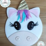 12 edible Unicorn cupcake toppers. Vegan Friendly