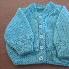Babies Green Cardigan to fit 0 to 3 Months.