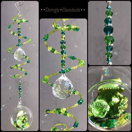 EMERALD DRAGON - Swing Spring Suncatcher with glass bulb
