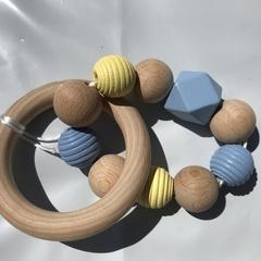 "Wooden Sensory Teething Ring ""William"" Blue/Yellow"