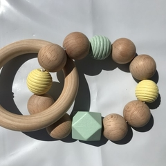 "Wooden Sensory Teething Ring ""William"" Green/Yellow"