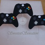12 game station controllers cupcake toppers.  Ready to ship
